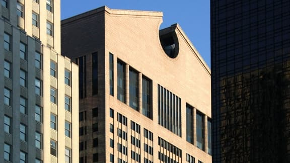 Le Sony Plaza, un des bâtiments emblématiques de la Madison avenue, change de priopriétaire.