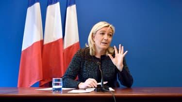 Marine Le Pen lors d'une conférence de presse à Nanterre, le 7 novembre 2014