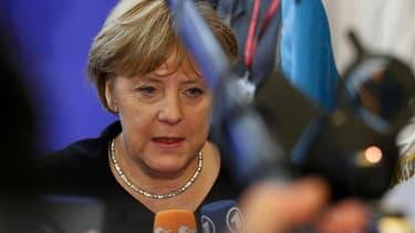 La chancelière allemande, Angela Merkel, à Bruxelles. L'Allemagne rejette plusieurs mesures du projet de conclusions du sommet européen, notamment la possibilité d'octroyer une licence bancaire au futur mécanisme de soutien à l'euro et la création d'euro-