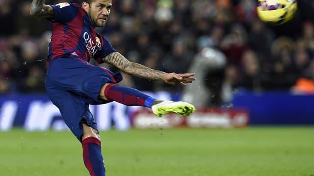 Dani Alves (Barça) attiré par le PSG