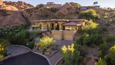 L'agence immobilière en charge de la vente propose la villa à 3,85 millions de dollars.