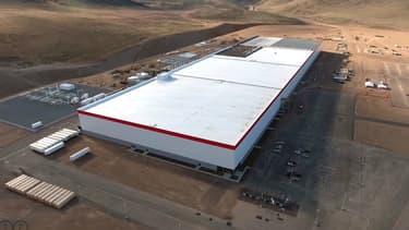 Encore en chantier, ce gigantesque site industriel de 100 hectares produira les batteries de Tesla à partir de 2017.