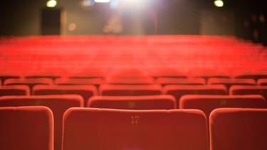 Malgré un recul de la production, en 2014, le nombre de films français distribués en salles et le nombre d'entrées ont franchi des records.