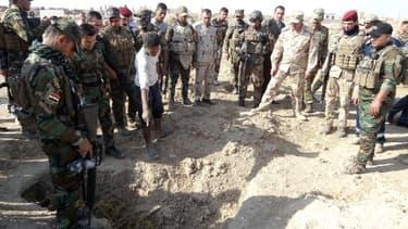 Un charnier découvert en Irak le 11 novembre 2017 par les forces de sécurité irakienne.
