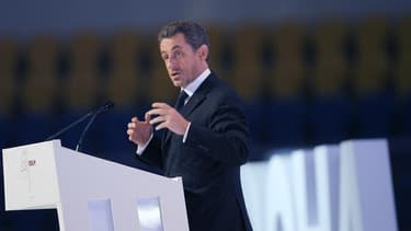 """Le retour en politique de Nicolas Sarkozy n'est pas d'actualité mais il est possible, a estimé jeudi Jean-Pierre Raffarin (UMP). """"Mais je pense que ce serait une erreur pour notre famille politique que de vivre dans cette idée-là et animer ce débat pendan"""