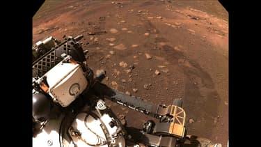 Le rover Perseverance de la Nasa a fait tourner ses roues avec succès sur Mars pour la première fois depuis son atterrissage