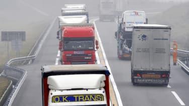 Syndicats et patronat du transport routier réclament l'ouverture de tous les relais pendant le confinement