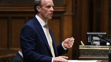 Le ministre britannique des Affaires étrangères Dominic Raab devant le Parlement, le 1er juillet 2020 à Londres