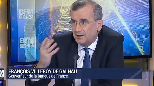 Sur BFM Business, François Villeroy de Galhau, gouverneur de la Banque de France, a expliqué une disposition de la loi Sapin II qui permet de bloquer l'épargne des Français pendant 6 mois.