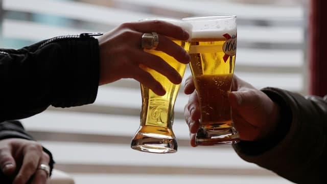 Plusieurs médecins demandent de faire participer l'alcool, en le taxant plus fortement, au financement de ce fonds de prévention, dans le cadre du projet de budget de la Sécurité sociale pour 2019