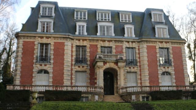 Le château a été revendu 3,8 millions d'euros en 2008