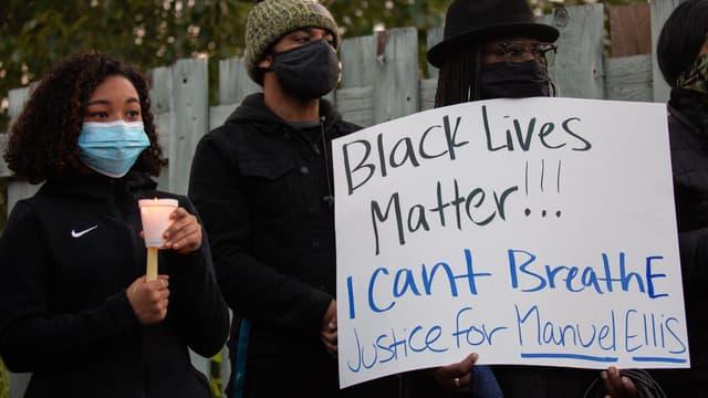 Des manifestants demandent justice pour Manuel Ellis