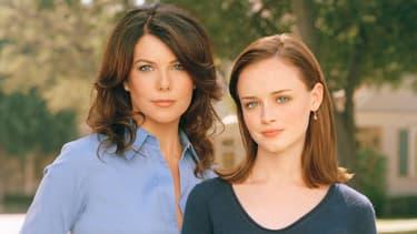 "Lauren Graham et Alexis Bledel dans la série ""Gilmore Girls"""