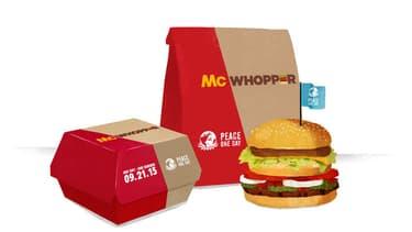 Le McWhopper tel qu'imaginé par Burger King, dans sa campagne publicitaire à l'intention de McDonald's.
