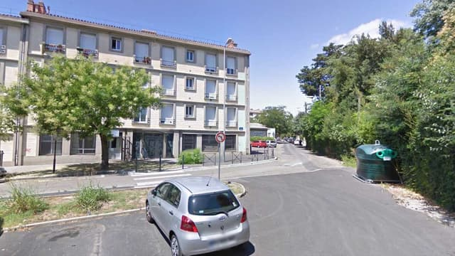 Un homme a été retrouvé mort et l'autre blessé dans une rue du quartier Astruc de Montpellier, mercredi 30 mars.