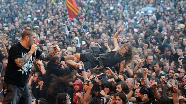 Le groupe Down et son leader Phil Anselmo lors du Hellfest en 2011.