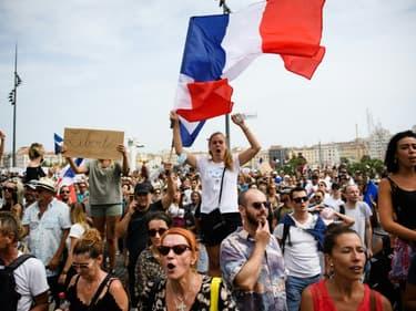 Manifestation contre le pass sanitaire le 24 juillet 2021 à Marseille