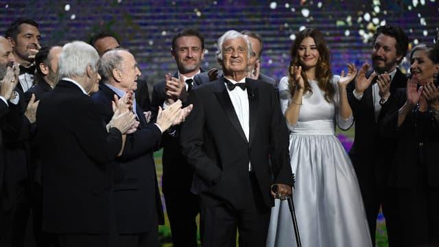 Jean-Paul Belmondo sur la scène des César en 2017.