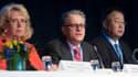 La ministre de l'Environnement suédoise Lena Ek, Thomas Stocker et Dahe Qin du Giec, lundi à Stockholm.