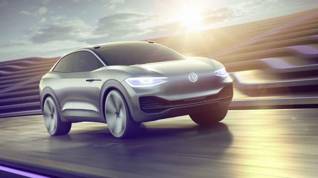 En mars, Volkswagen avait dévoilé ce modèle, l'ID Vizzion. Cette voiture électrique sera la première voiture autonome de VW. Elle pourrait donc faire partie du service de mobilité en voitures autonomes du constructeur.