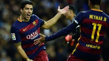 Le championnat espagnol est l'un des plus prestigieux du monde, comprenant les trois favoris du ballon d'or en son sein (ici Luis Suarez et Neymar).