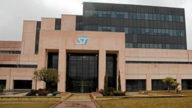 Le groupe de semi-conducteurs STMicro a décidé de se désengager de sa coentreprise ST Ericsson.