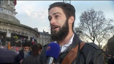 """Un habitué de la place de la République: """"le soufflé du 11 janvier est retombé, c'est presque triste"""""""