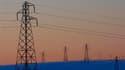 Le gouvernement envisage une nouvelle augmentation des tarifs de l'électricité en France pour couvrir les charges liées au développement massif des énergies renouvelables et plus particulièrement du photovoltaïque, écrivent mardi Les Echos. /Photo d'archi