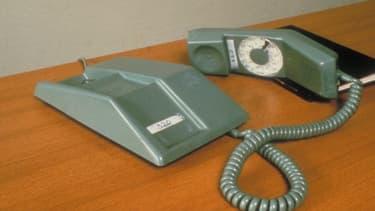 Pour Orange, son réseau téléphonique historique va être remis en cause d'ici quelques années. En effet, les équipements et composants spécifiques à ce réseau deviennent obsolètes.