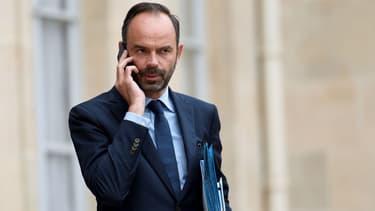 Le Premier ministre Edouard Philippe dans la cour de l'Elysée, le 11 juillet 2017