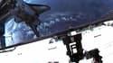 Vue de la caméra placée sur le casque de Mike Fincke lors de sa sortie dans l'espace, la dernière dans le cadre des missions de la navette américaine Endeavour. La dernière sortie dans l'espace, d'une durée de six heures et demie, est la 159e consacrée à