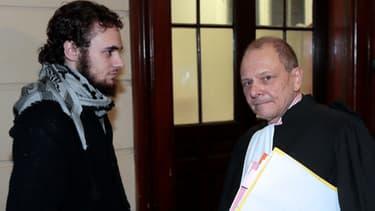 Mickaël Khiri , le mari de Cassandra Belin, a été condamné à trois mois de prison avec sursis pour s'être violemment opposé au contrôle policier de son épouse.