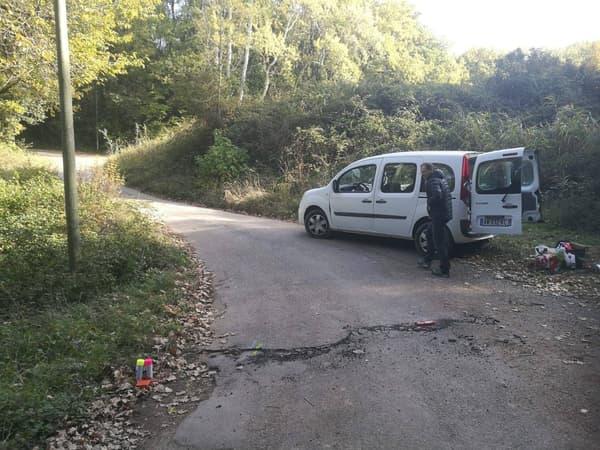 La rupture de surface observée au Teil (Ardèche) après le séisme du lundi 11 novembre 2019.