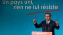 """Lors de son premier meeting, qu'il a tenu à Dunkerque, dans le Nord, en terre socialiste, François Bayrou a exhorté jeudi soir le """"peuple"""" français à """"ressaisir"""" son destin dans la crise, un peuple dont il se veut le héraut dans une campagne présidentiell"""