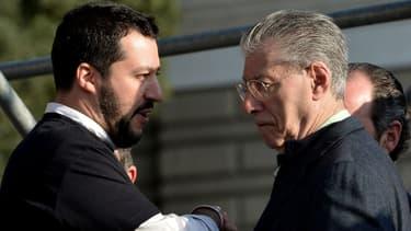 Le fondateur de la Ligue Umberto Rossi et Matteo Salvini à Rome le 28 février 2015