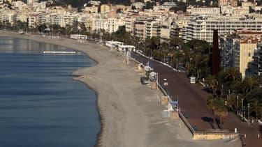 La promenade des Anglais à Nice le 8 avril 2020