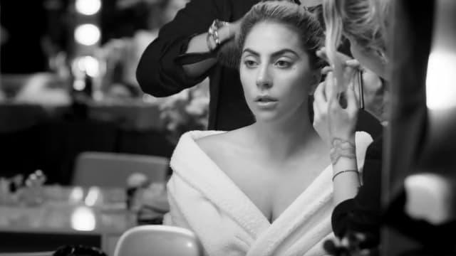 """Lady Gaga dans """"Million Reasons"""""""