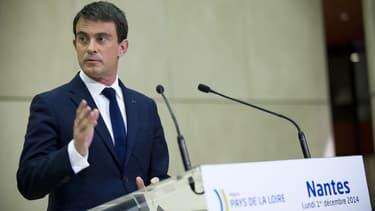"""Manuel Valls a rappelé que les conditions sur """"le plan diplomatique"""" ne sont pas réunies pour la livraison des Mistral"""