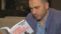 Montasser Alde'emeh, un chercheur belgo-palestinien aide les jeunes à sortir de l'extrémisme radical en Belgique.