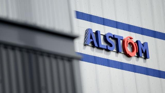 Alstom doit fournir 42 trains ainsi que l'ensemble du système de signalisation, de communication et de gestion du trafic de cette ligne de plus de 1.500 kilomètres