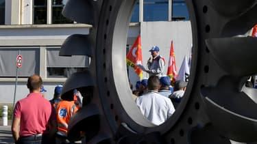 Des salariés de GE/Hydro sur le site de Grenoble.