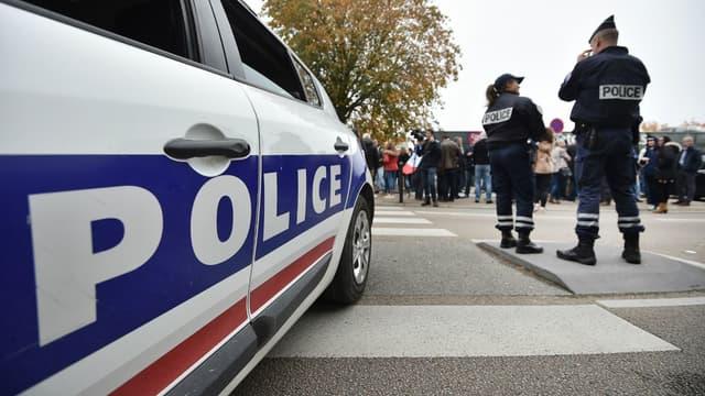 Une voiture de police (photo d'illustration)