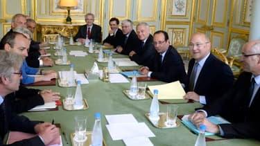 François Hollande a déjà rencontré les partenaires sociaux la veille, mercredi 19 juin.
