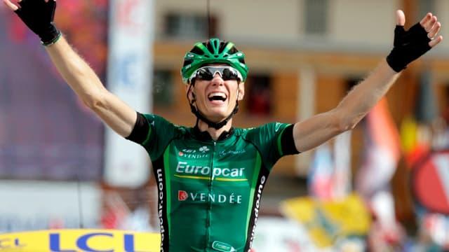 Pierre Rolland peut savourer sa superbe victoire à l'Alpe d'Huez.