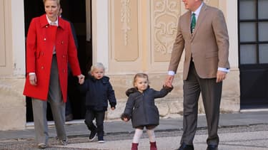 Albert de Monaco, la princesse Charlène et leurs enfants.