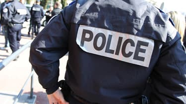 Sept policiers ont été blessés par six mineurs, dans la nuit de dimanche à lundi.