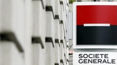 Société Générale prévoit également des économies de 900 millions d'euros d'ici à 2015.