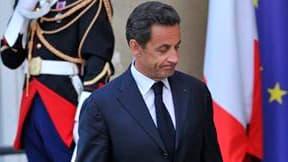 Le président français Nicolas Sarkozy, jeudi à l'Elysée. La France et l'Allemagne ont promis jeudi de travailler ensemble sur la crise de la dette européenne après la nouvelle chute des marchés en réaction à la désunion apparue entre Européens sur les que