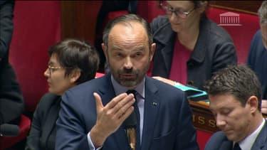 Devant l'Assemblée nationale, Édouard Philippe a fixé les contours des principales mesures sociales énumérées par le chef de l'État.