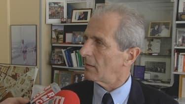 Le sénateur maire UMP de Toulon Hubert Falco assure qu'il n'appliquera pas la réforme de rythmes scolaires